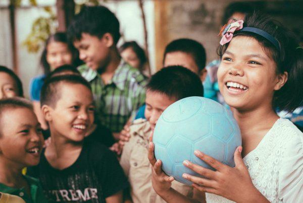 Trois innovations sociales autour des enfants / Three social innovations around children