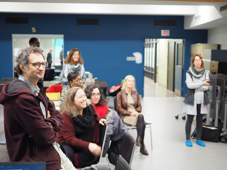Photo d'un atelier du Pôle communautaire et de santé sociale de Montréal-Nord, programme innovateurs sociaux en résidence de la MIS